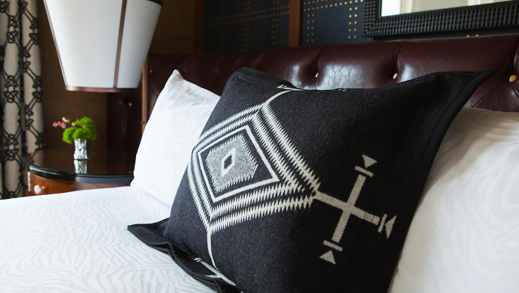 Riverplace pillow