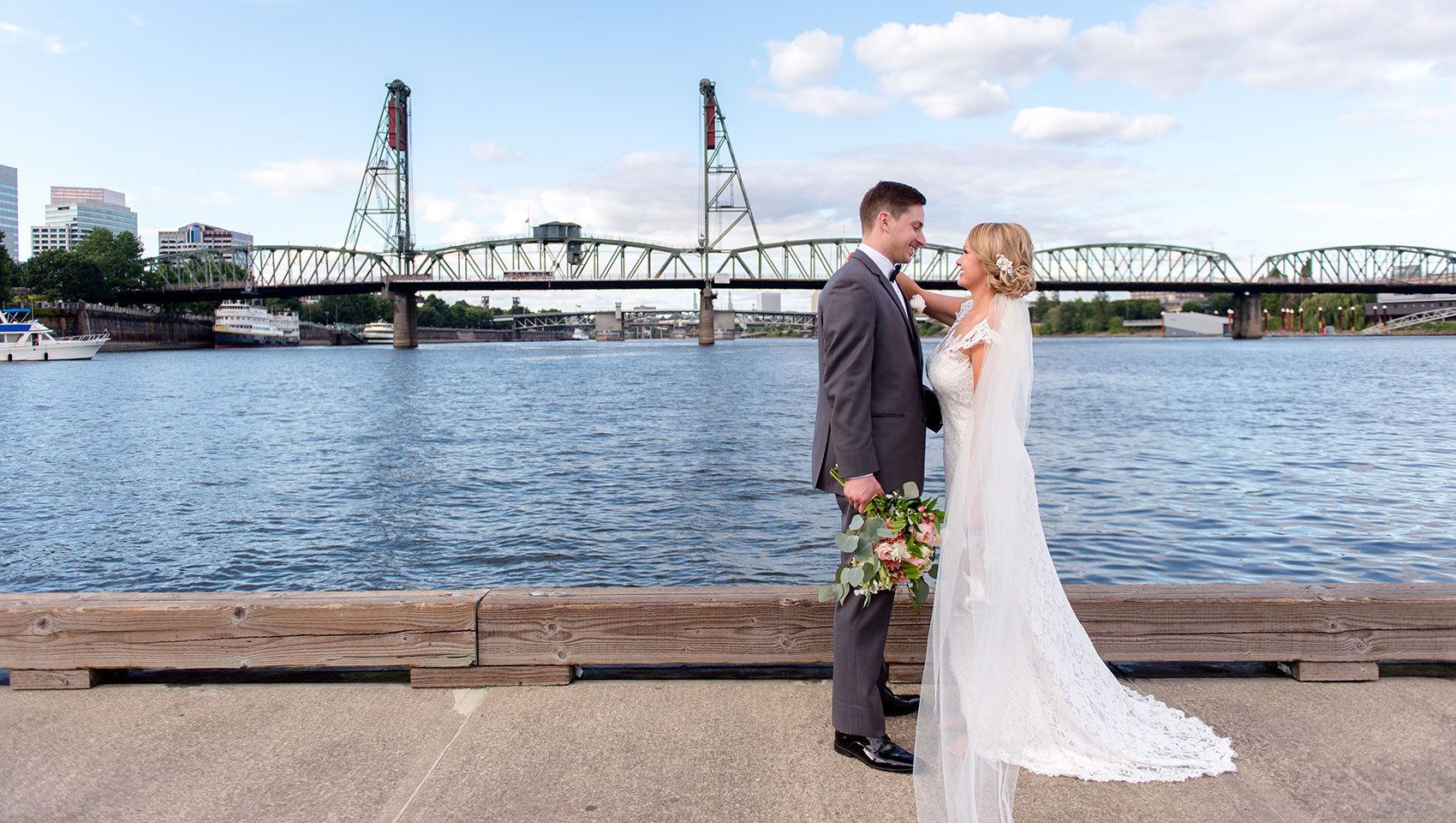 kimpton portland riverplace hotel wedding waterfront couple