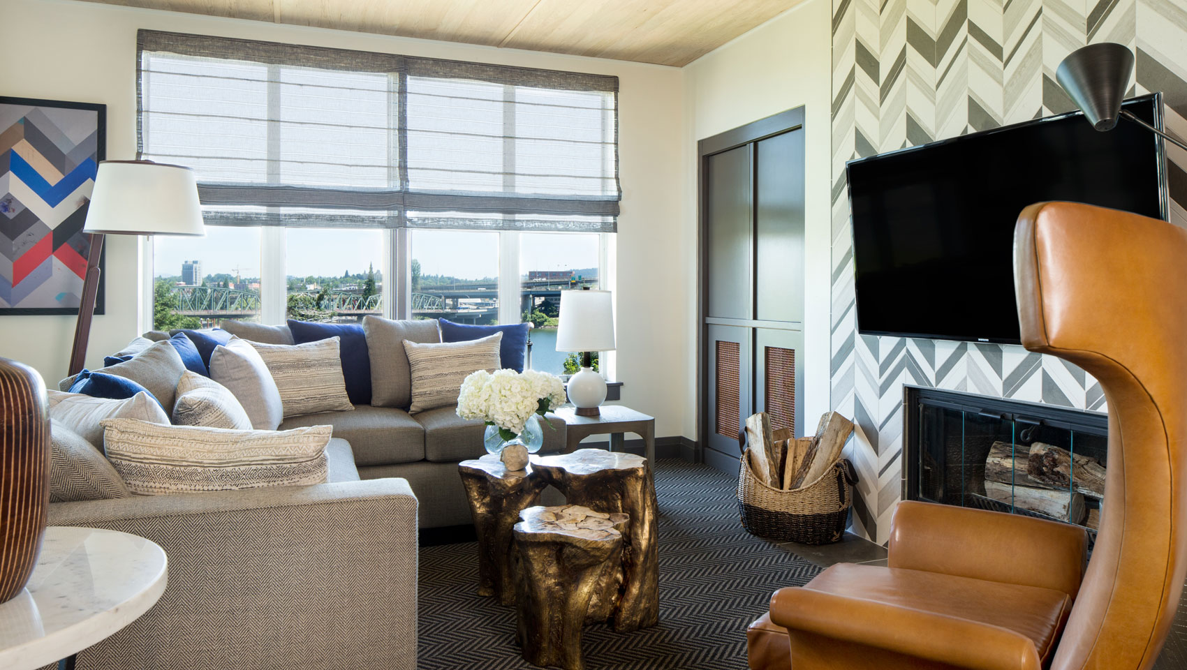 Riverplace suite